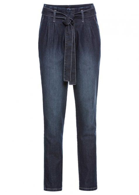Strečové džínsy s vysokým pásom  Strečové nohavice pre moletky - lepšie sa prispôsobia postave.