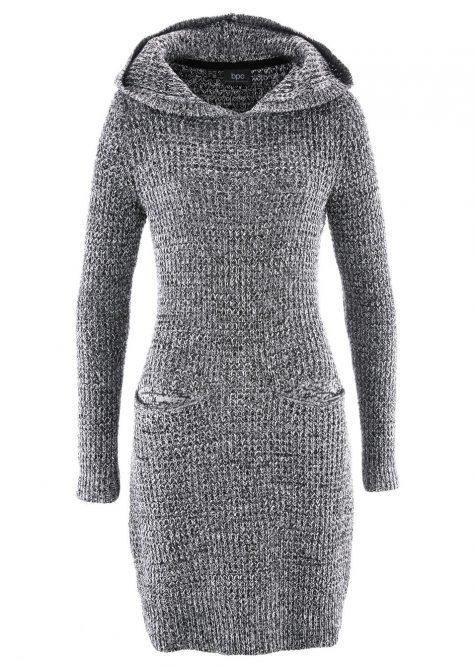 Pletené šaty s kapucňou