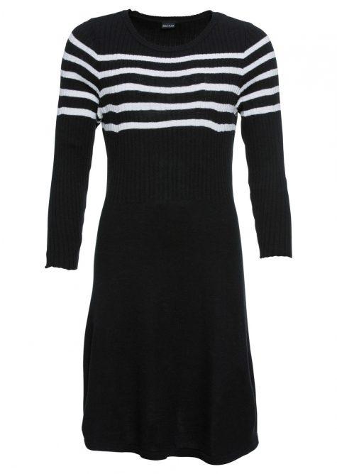 Pletené šaty s pásikovaným dizajnom