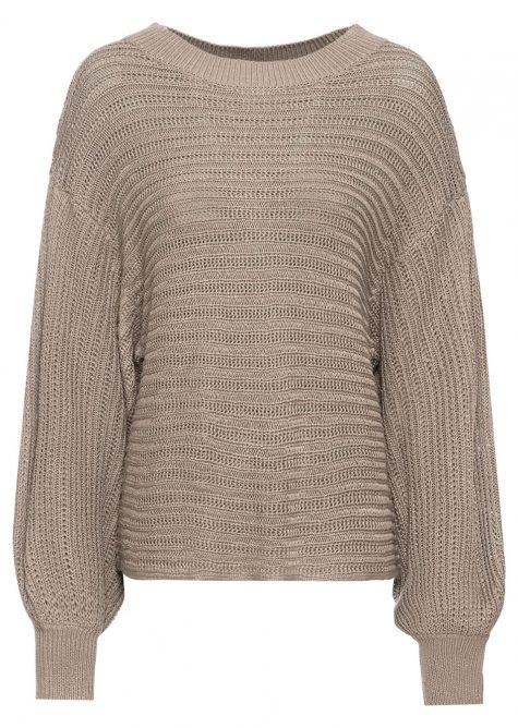 Nadmerný pletený pulóver