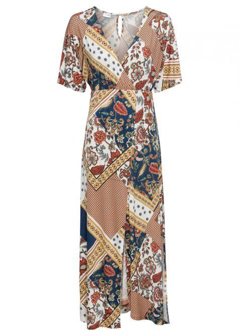 Úpletové šaty s kimonovými rukávmi